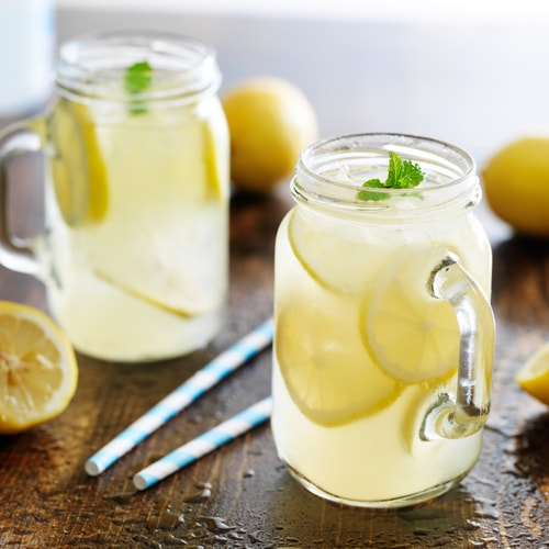 drink water infused with lemon